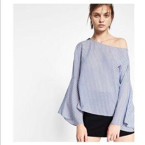 Zara Blue White Seersucker Bell Sleeve Top |E20-33
